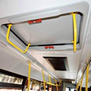 Аварийные (запасные) выходы в автобусе